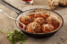 Mięsne pulpety w sosie pomidorowym