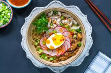 Ramen uznany za najpopularniejszą zupę świata. Zdradzamy przepis na to danie