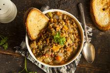 Gęsta zupa z soczewicy