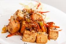 Smażone tofu w chrupiącej skórce