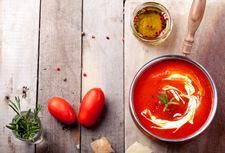 Pomidorowa z dodatkiem pieczonej papryki