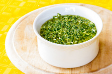 Wyrazista zielona salsa