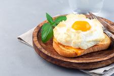 Jajeczne chmurki