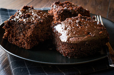 Szybkie i tanie ciasto czekoladowe