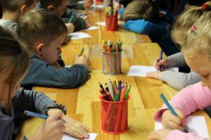 jak nauczyć dziecko koncentracji