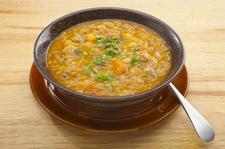 Zupa wiosenna z soczewicą