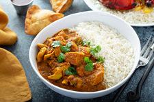 Kurczak curry ze słodkim groszkiem