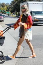 Elsa Hosk: Stylizacje modnej mamy